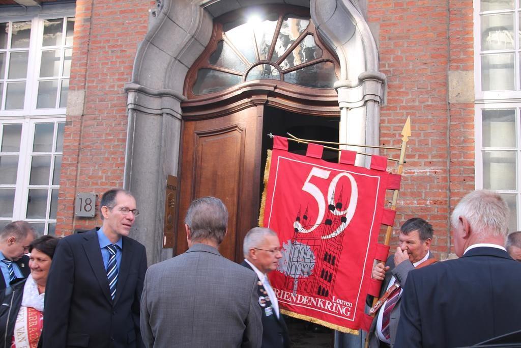 mannen van 59 op de 64ste jaartallendag